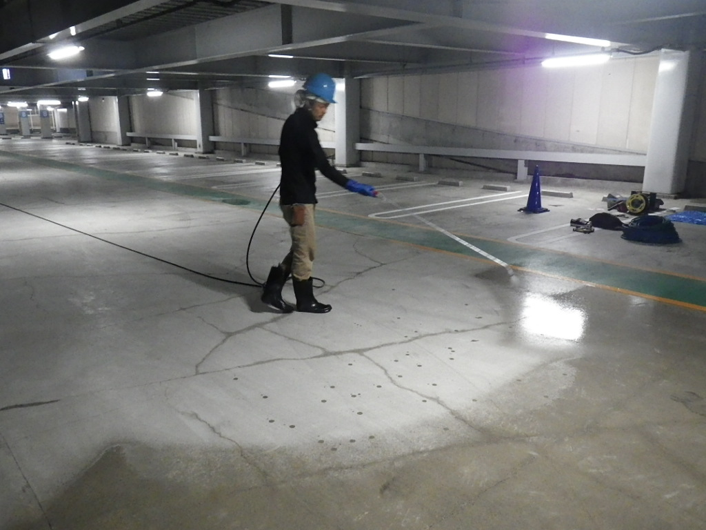 けい酸塩系コンクリート改質防水改修工事